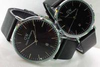 harga jam tangan daniel wellington terbaru